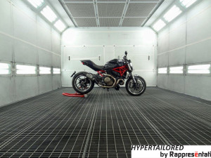 Hypermonster 1200-Rappesèntati-design-in-moto-Arrow